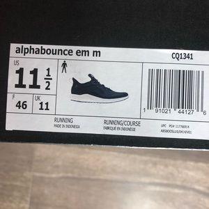 bd0f1e160ce42 Adidas zapatos hombre Alpha Bounce corriendo SZ 11 12 12 12 poshmark 797877